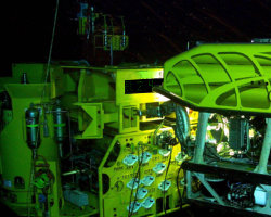 Subsea structure monitoring